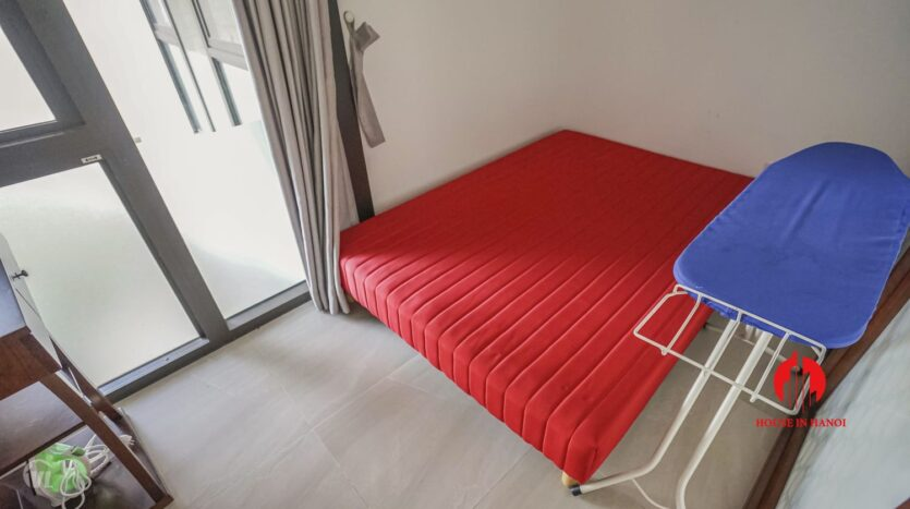 spacious serviced apartment for rent in lang yen phu 6