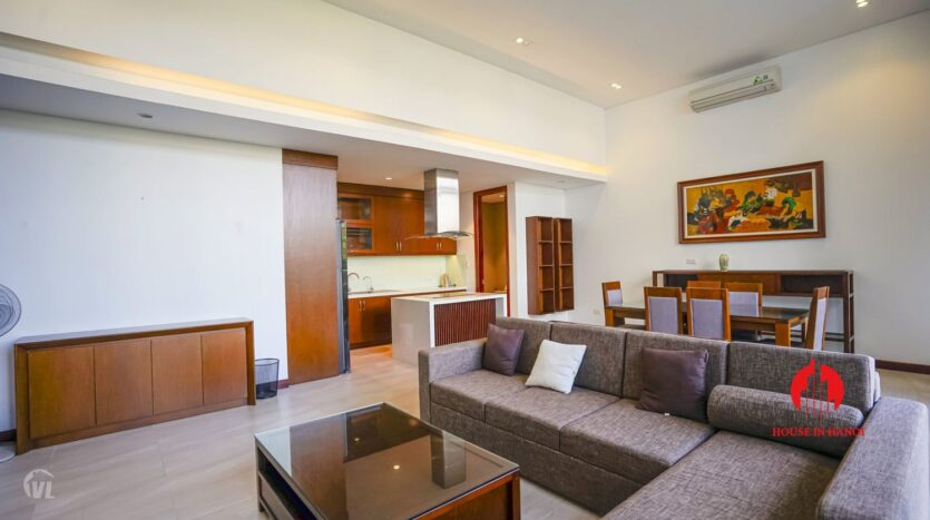 spacious serviced apartment for rent in lang yen phu 9
