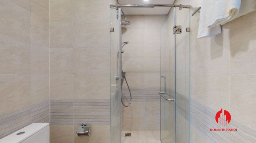 4 bedroom apartment for rent in ba dinh 6