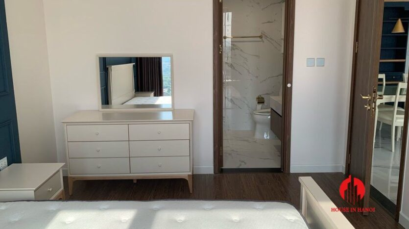 afffordable 3 bedroom apartment for rent in Sunshine City 8