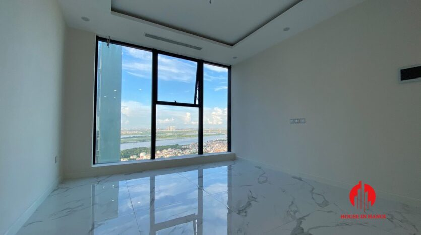golf view penthouse for rent in Sunshine City 4