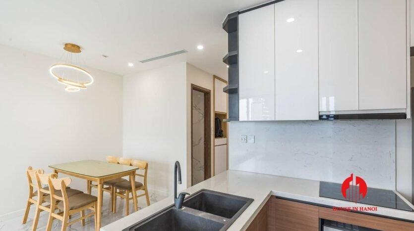 minimalist 2 bedroom apartment in sunshine city 11