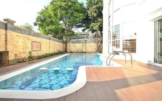pool villa in ciputra with american style 3