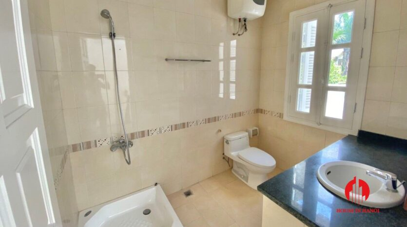 well renovated villa for rent in ciputra t block 10