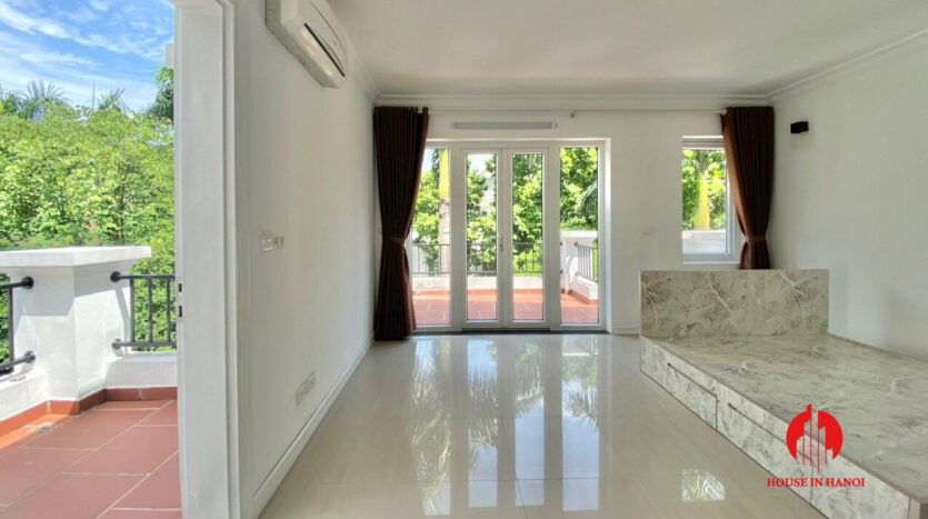 well renovated villa for rent in ciputra t block 8
