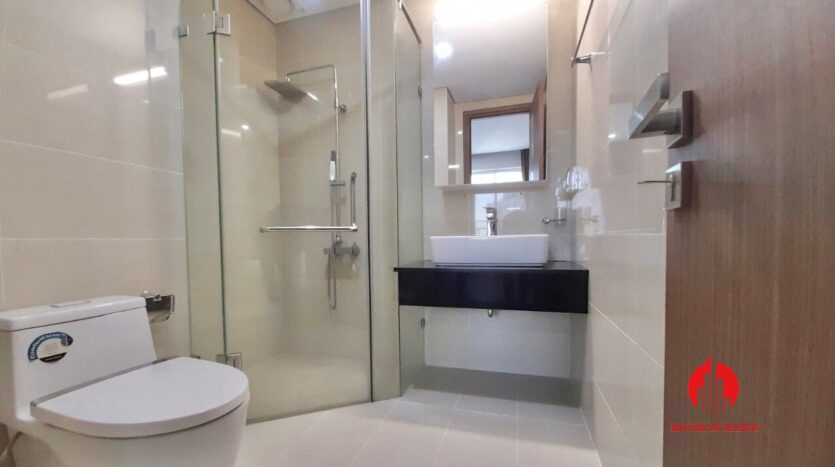 golf view 2 bedroom apartment in ciputra l5 2