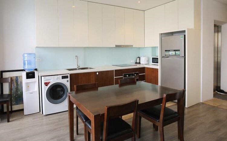 lake view 2 bedroom apartment on quang khanh 20