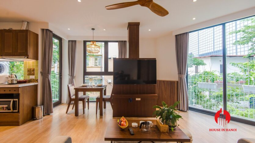zen style apartment on linh lang ba dinh 10