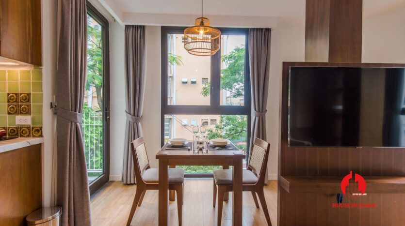 zen style apartment on linh lang ba dinh 7