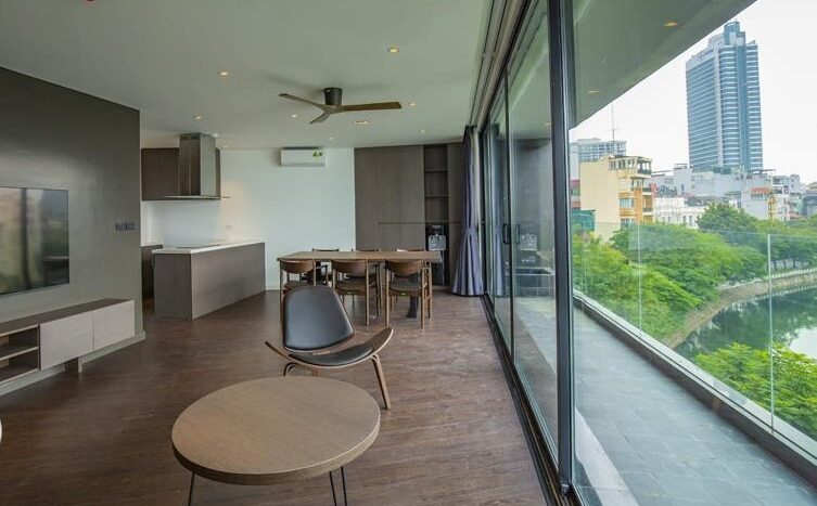 excellent lake view apartment in truc bach 16