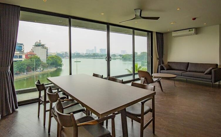 excellent lake view apartment in truc bach 19