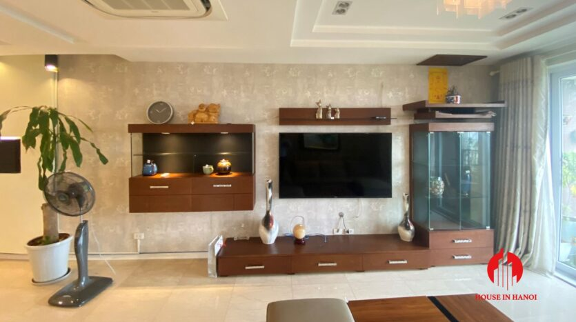 new golf view apartment in ciputra p2 11