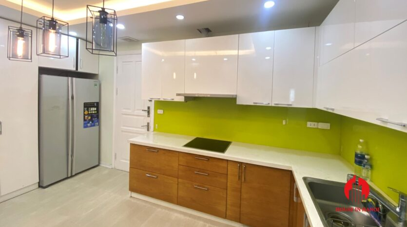 new golf view apartment in ciputra p2 16