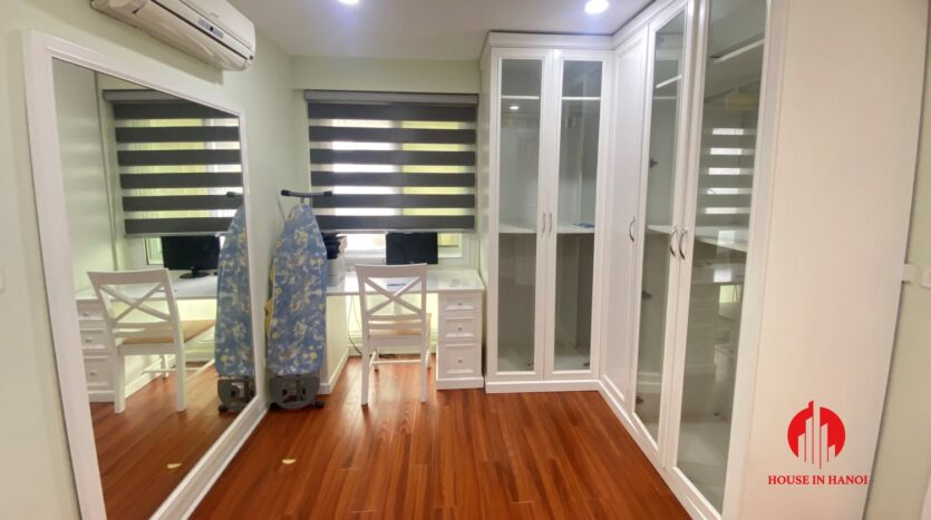 new golf view apartment in ciputra p2 6