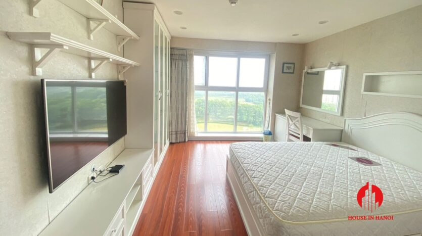 new golf view apartment in ciputra p2 9