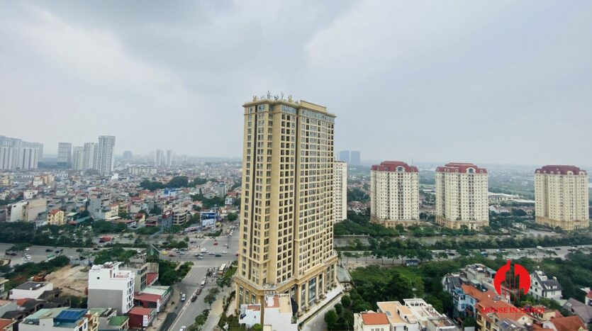 new lake view 2 bedroom apartment for rent on lac long quan 17