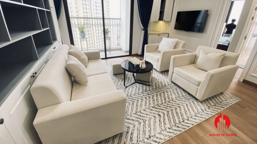 new lake view 2 bedroom apartment for rent on lac long quan 4