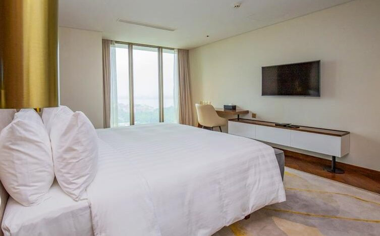 penthouse for rent in quang an tay ho westlake 25