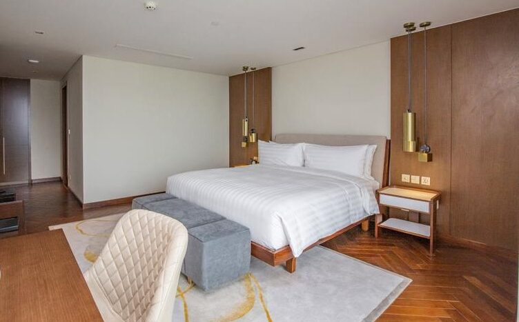 penthouse for rent in quang an tay ho westlake 27