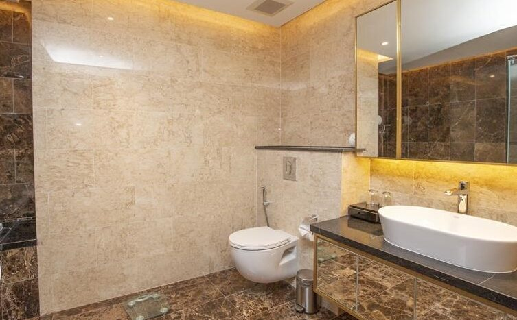 penthouse for rent in quang an tay ho westlake 28