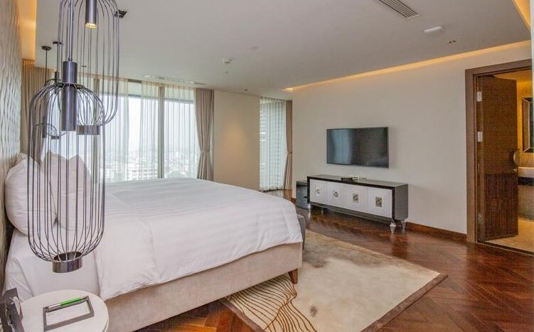 penthouse for rent in quang an tay ho westlake 32