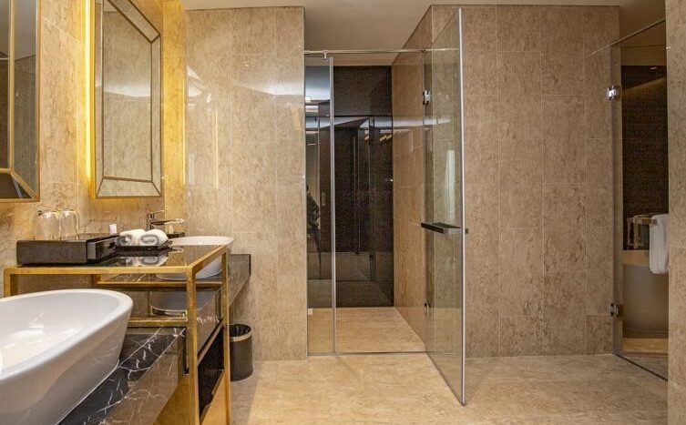 penthouse for rent in quang an tay ho westlake 36