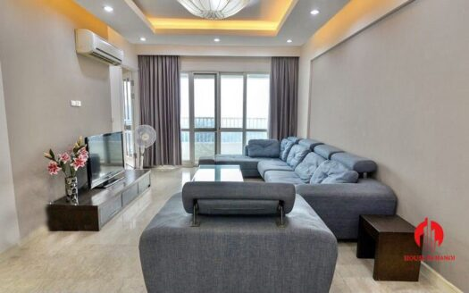 well kept 182m2 apartment in p tower ciputra 10
