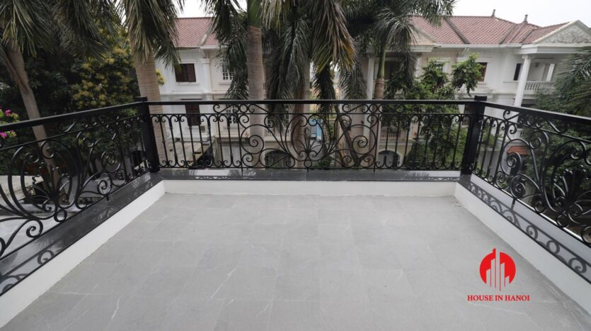 new villa for rent in c4 ciputra near sis 11