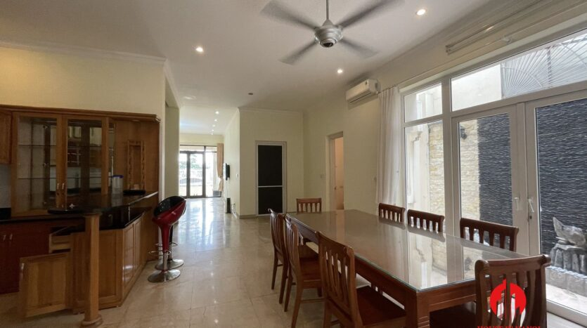 well maintained villa in ciputra 12