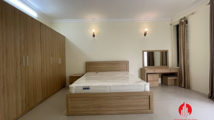 well maintained villa in ciputra 17