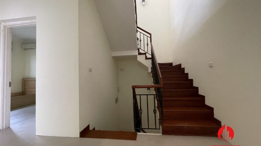 well maintained villa in ciputra 23