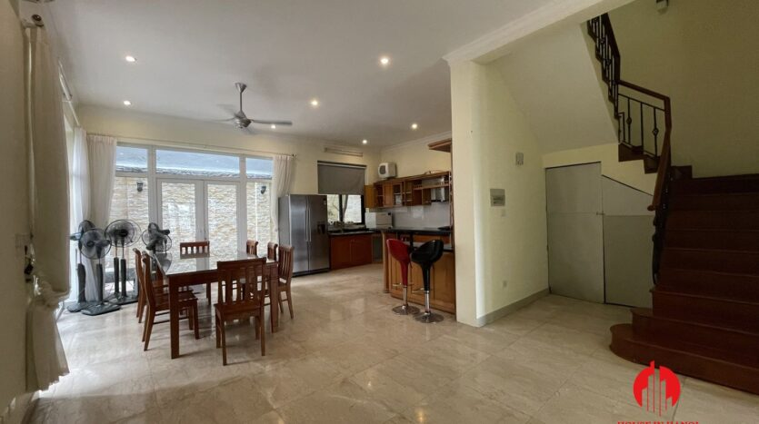well maintained villa in ciputra 7