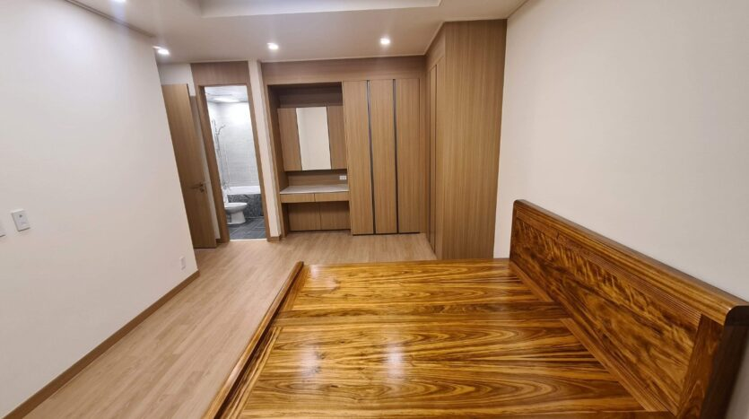 Cordial Apartment with 2 Bedrooms for Rent near Vo Chi Cong street 3