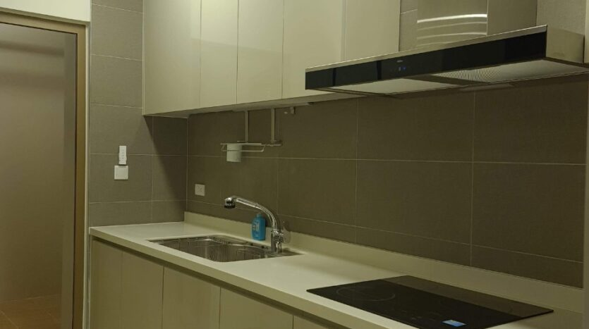 Cordial Apartment with 2 Bedrooms for Rent near Vo Chi Cong street 9