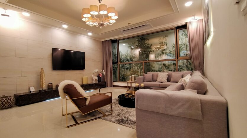 Luxurious 4BR Apartment in Starlake Urban City for rent 11