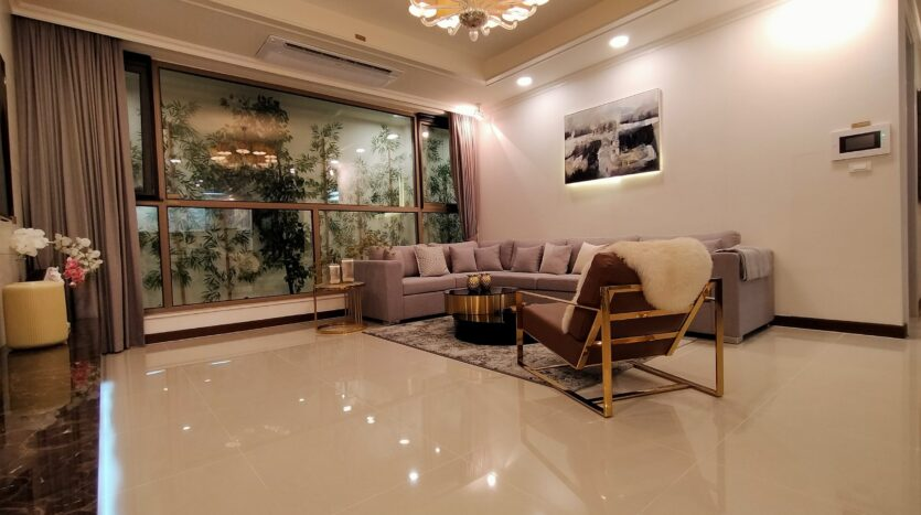 Luxurious 4BR Apartment in Starlake Urban City for rent 3