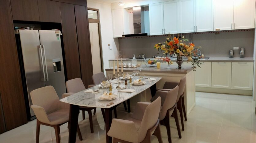 Luxurious 4BR Apartment in Starlake Urban City for rent 4