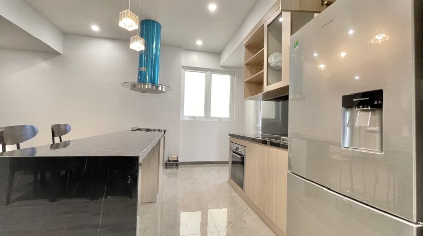 Sparling 3BRs Apartment for Rent with West lake view near Vo Chi Cong street 12