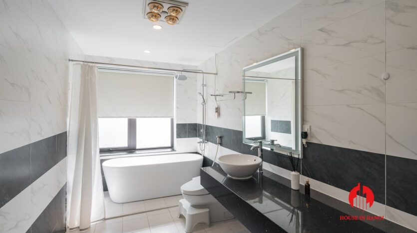 lake view duplex for rent in tay ho 20
