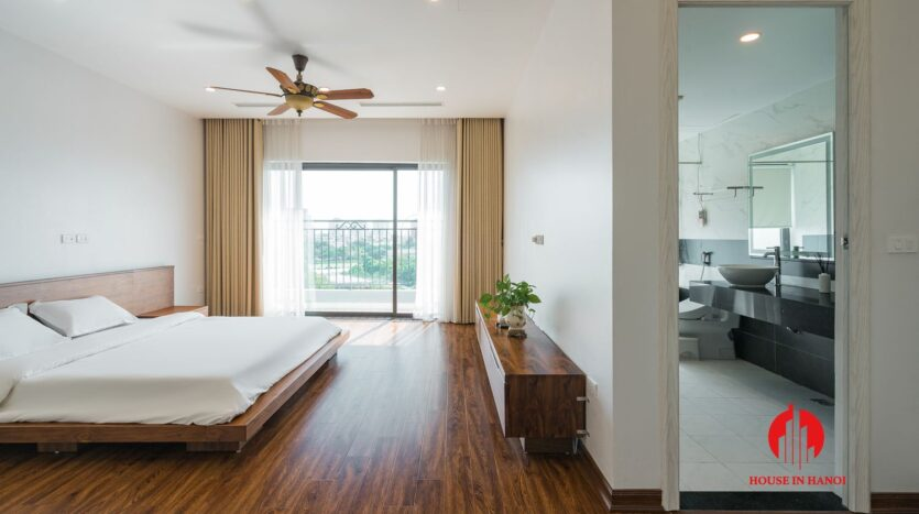 lake view duplex for rent in tay ho 22