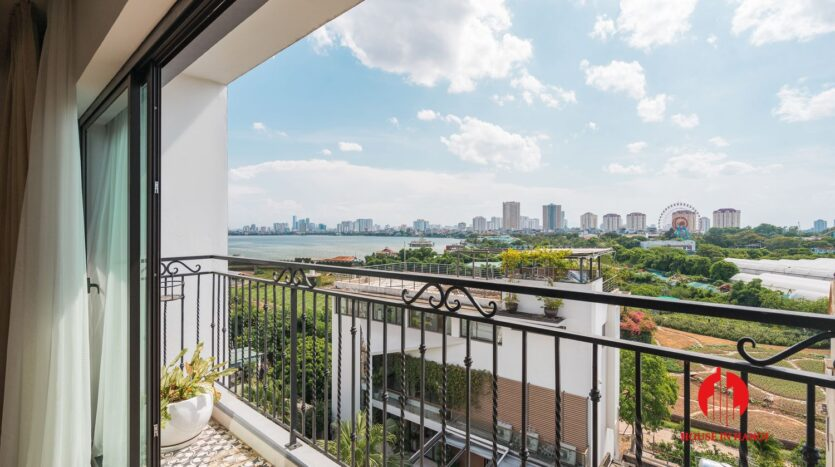 lake view duplex for rent in tay ho 7