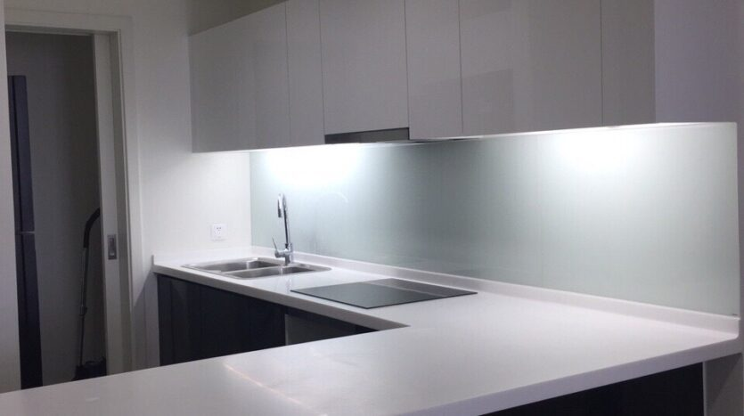 Captivating 2BRs Apartment for Rent in Lac Long Quan Street 11