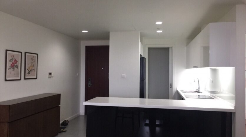 Captivating 2BRs Apartment for Rent in Lac Long Quan Street 12