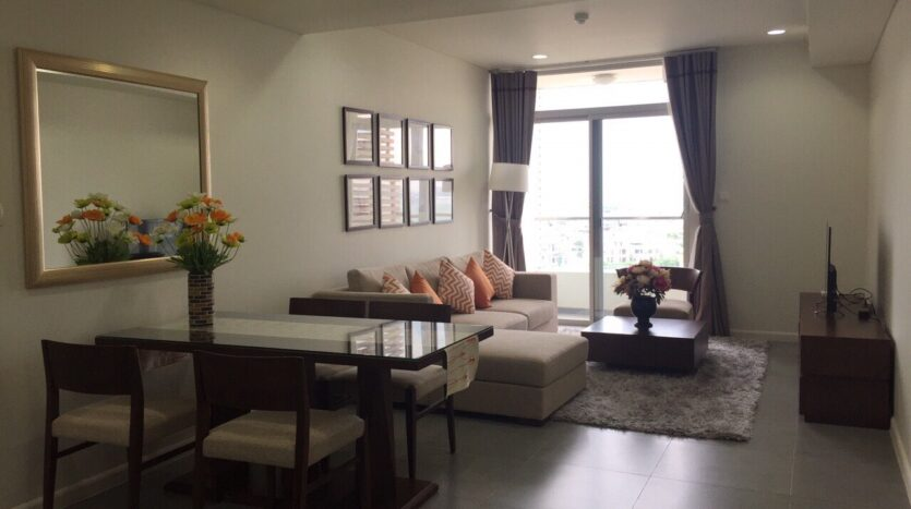 Captivating 2BRs Apartment for Rent in Lac Long Quan Street 7