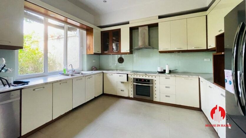 golf view villa for rent in hanoi close to nature 17