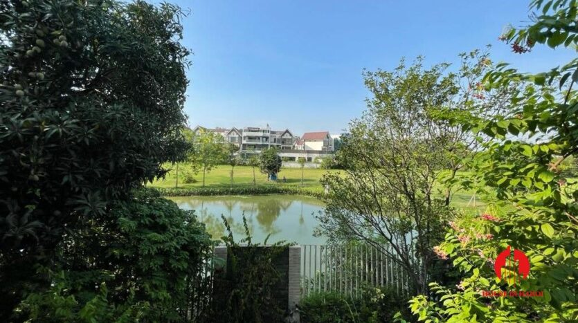 golf view villa for rent in hanoi close to nature 20