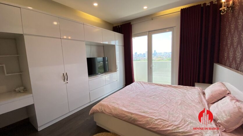 renovated 154m2 3 bedroom apartment in e1 ciputra 2