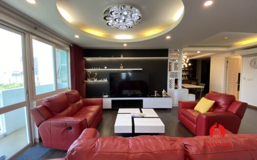 renovated 154m2 3 bedroom apartment in e1 ciputra 21
