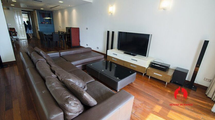western style apartment for rent in p1 ciputra 8