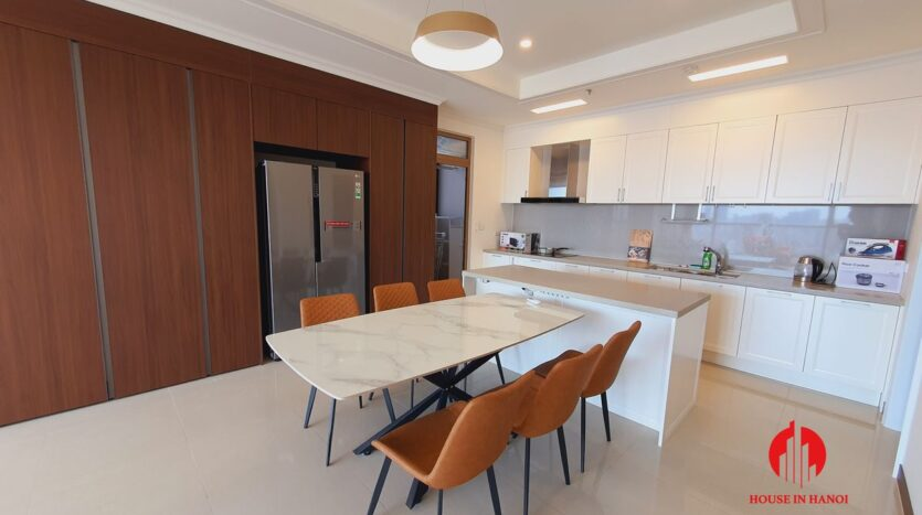 4 bedroom apartment in starlake for rent 11